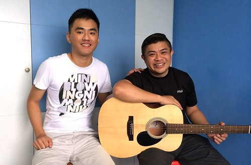 Beginner guitar lessons Singapore Erik