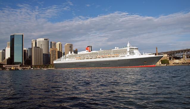 Queen Mary Sydney skyline