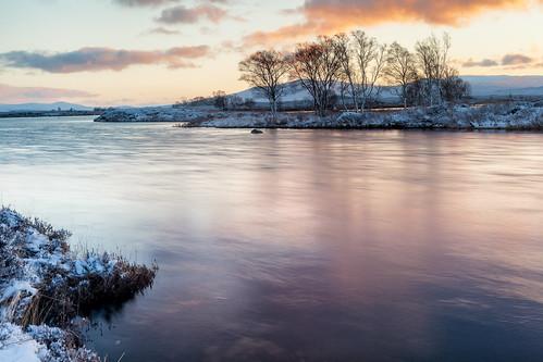 rannochmoor shoreline landscape leefilters highlands nature dawn landscapes snow loch morning blue scotland winter water wet sunrise shore trees isolated light cold ice