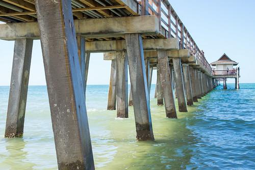 leica m 240 usa florida old naples christmas winter travel tourism america outdoor gulf mexico beach sea seascape landscape beachfront waterfront pier summilux 50