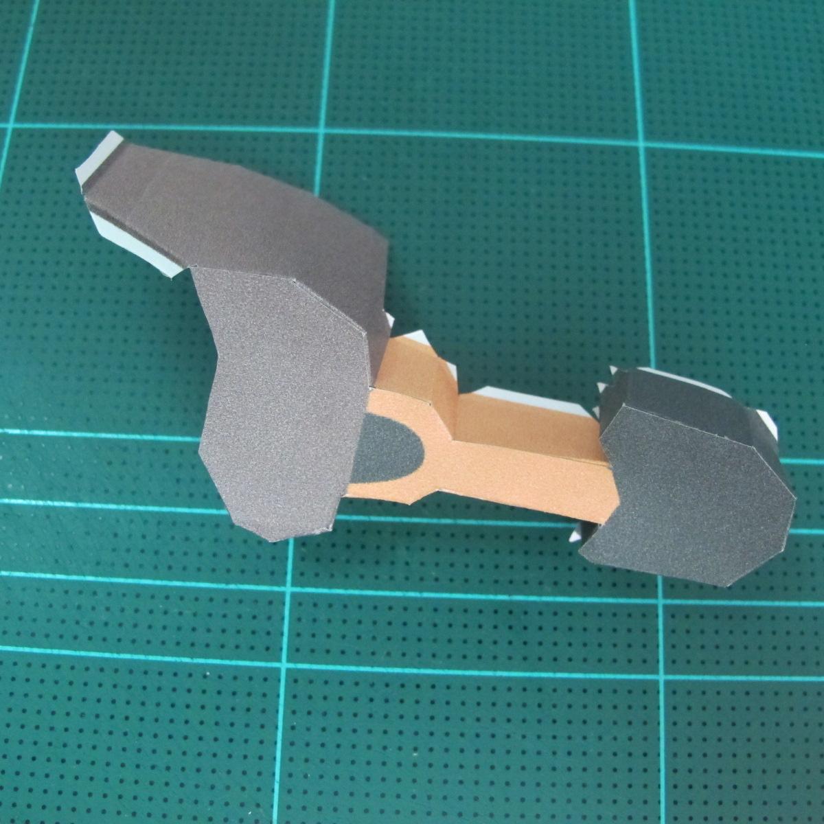 วิธีทำโมเดลกระดาษ ตุ้กตาไลน์ หมีบราวน์ ถือพลั่ว (Line Brown Bear With Shovel Papercraft Model -「シャベル」と「ブラウン」) 013