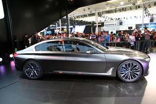 21 BMW-2014-VISION-FUTURE-LUXURY-15