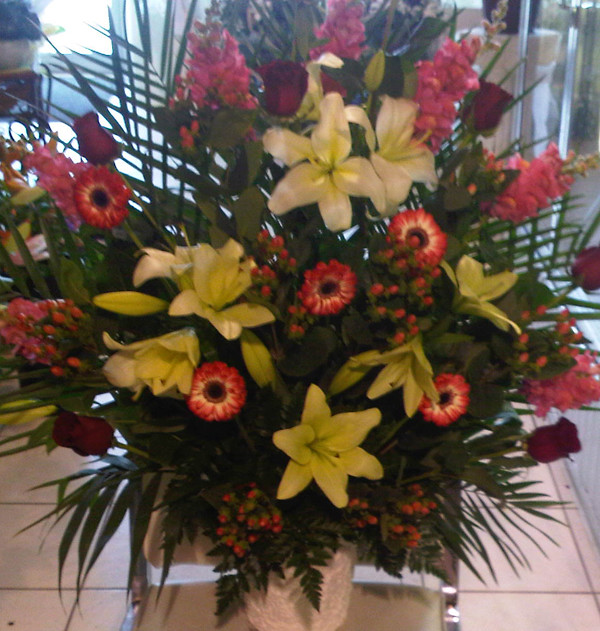 Farah Florist W-A-28.   $120