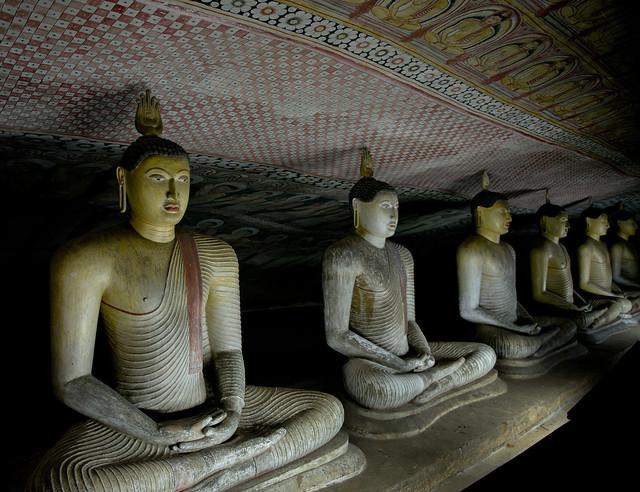 SL095 Dambulla Cave Temple 06 - Sri Lanka