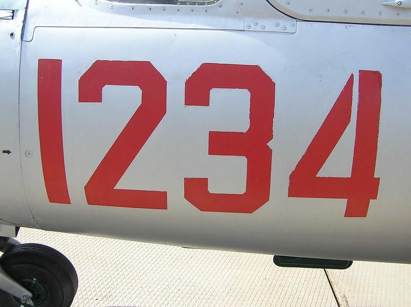 PZL TS-11 Iskra 4
