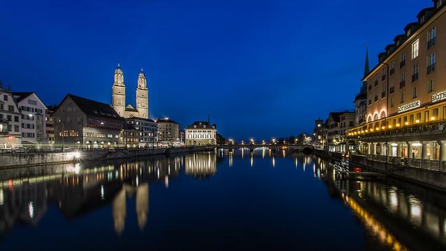 Blue hour @ Zürich
