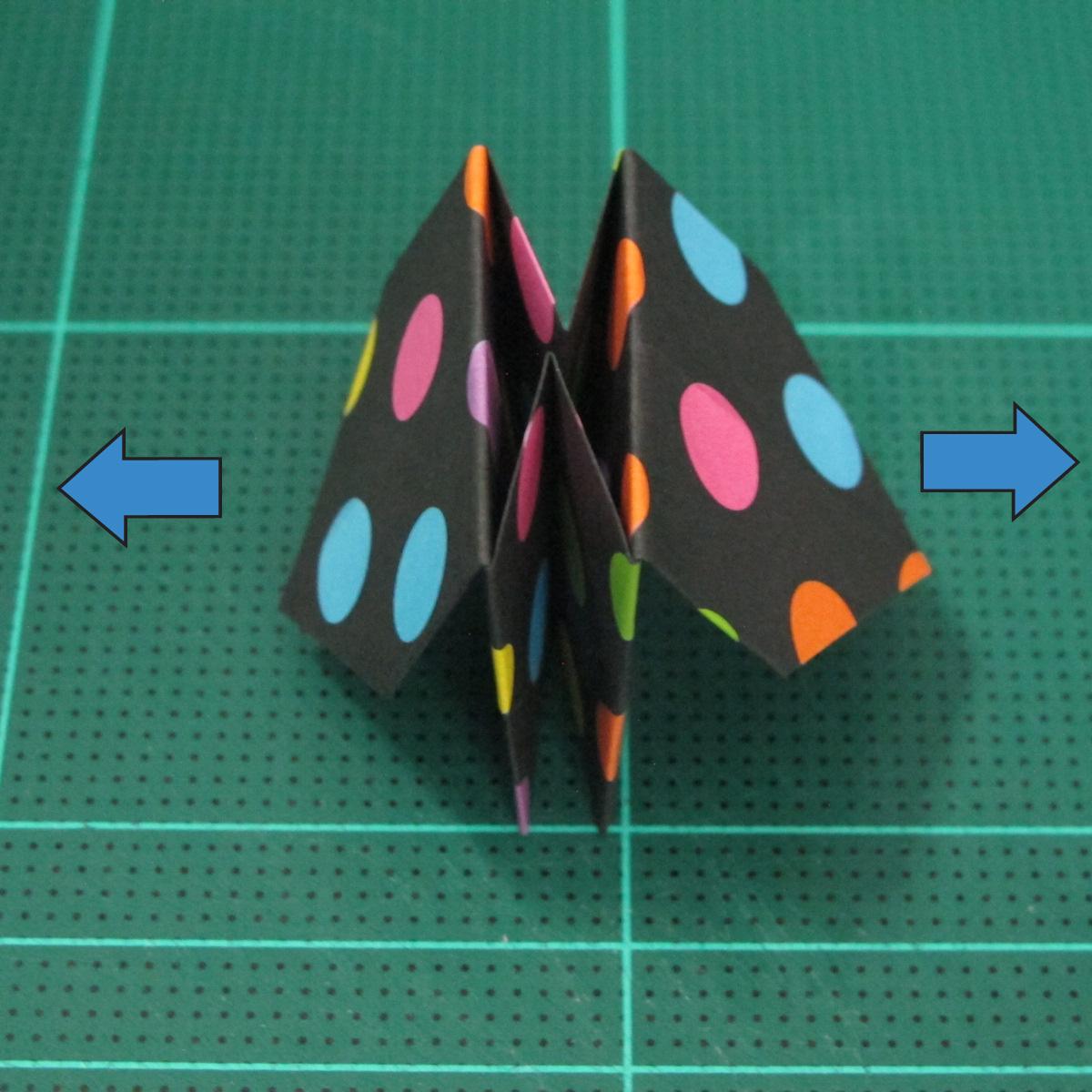 การพับกระดาษเป็นถุงใส่ขนมแบบญี่ปุ่น (Origami Sambo) 013