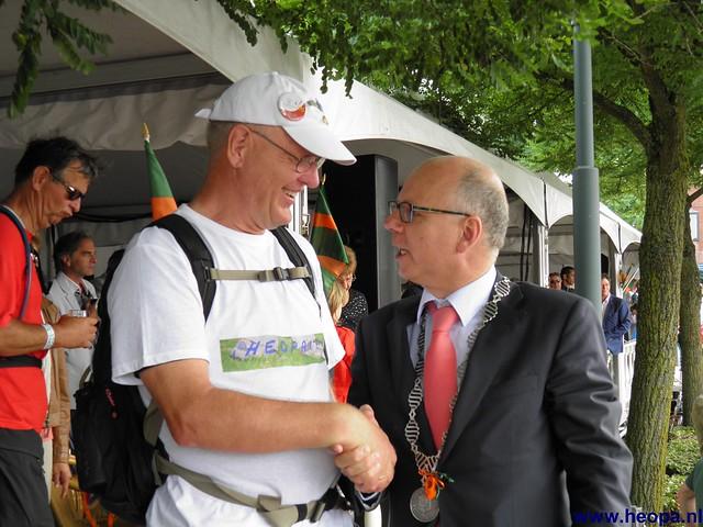 Nijmegen 2012 Heopa met div. Burgermeesters  (4)