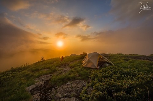sunset canon tennessee northcarolina tent northface f11 appalachiantrail 1635 roanmountain ef1635mmf28liiusm canoneos1dx micafl2
