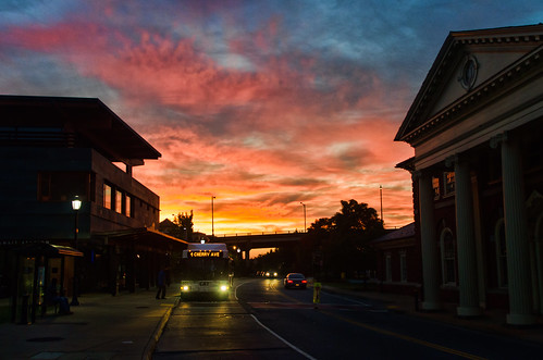 bus sunrise virginia nikon downtown charlottesville waterstreet topazadjust d5100 bobmical