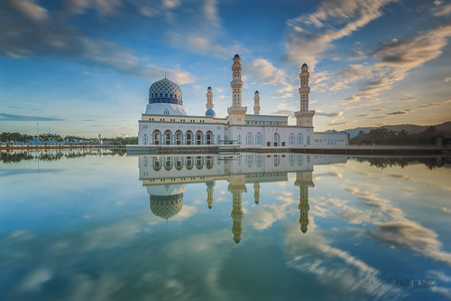 longexposure blue sky reflection mirror morninglight hour malaysia kotakinabalu moment sabah singleexposure likasmosque nikond700 zakiesphotography zakiesimage sabahsunrise