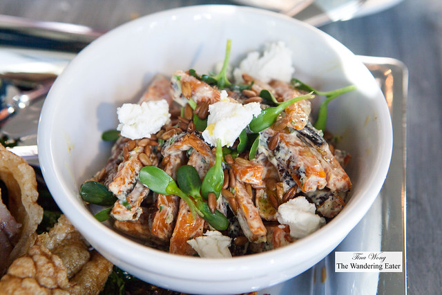Roast carrot salad with goat cheese