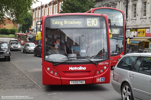 Metroline DES1705, YX09FMO Seen here in Ealing Broadway