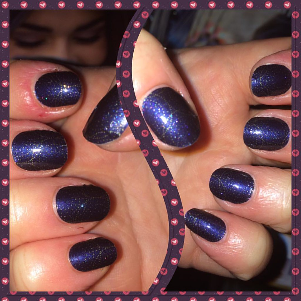 New nails! Stellar 😁💫#jamicure #sparkle | Helen Annall | Flickr