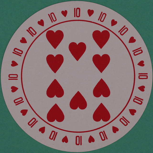 Discus Round Playing Card 10 of Hearts