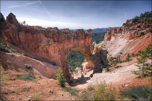 Natural Bridge - Bryce Canyon National Park - Utah