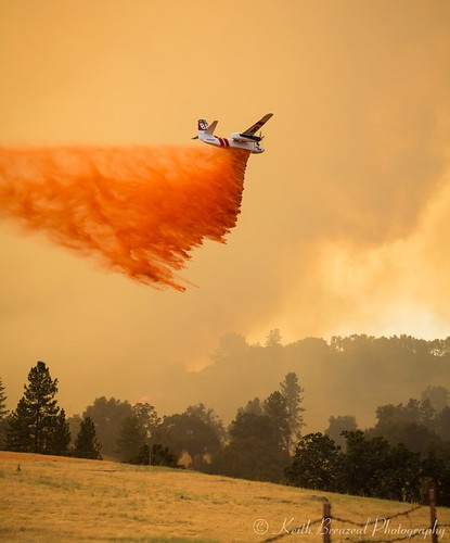 california lake water river fire aircraft 911 huey helicopter forestfire firefighting s60 amador wildfire dipping usda cdf spotter wildland usfs bambibucket sandfire calfire