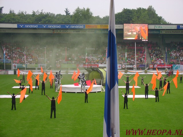 2007-07-16 Startbewijs op halen en vlaggen parade. (62)