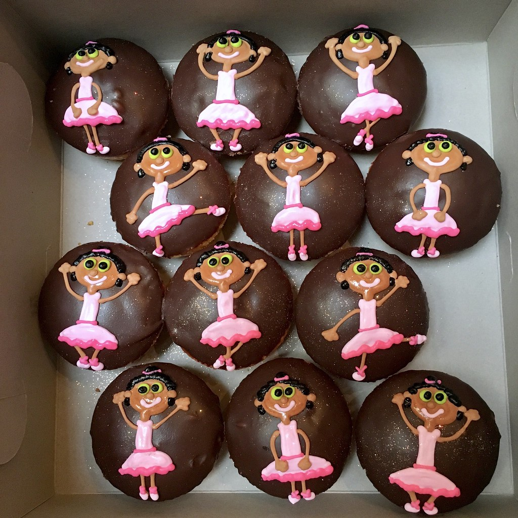 Ballerina cupcakes | Charly's Bakery | Flickr