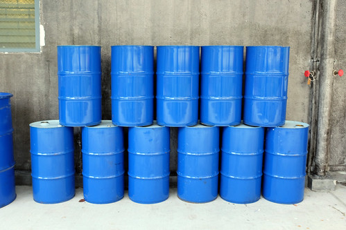 Oil drums at Wheeler's Yard at 28 Lorong Ampas | by Jnzl's Photos