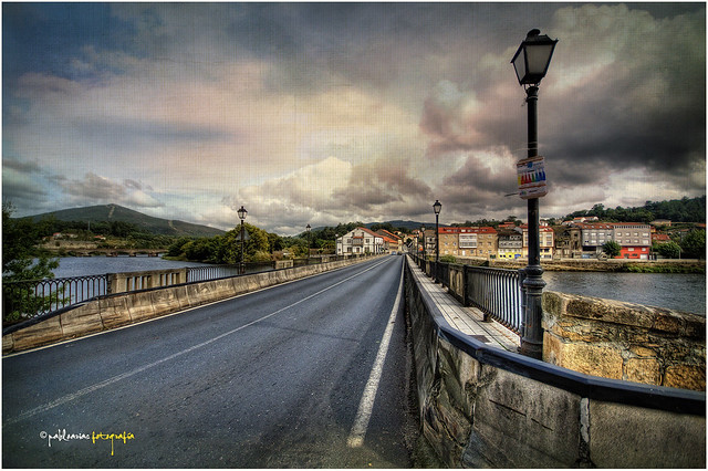 (0170/14) Ponte de Pontecesures sobre el rio Ulla