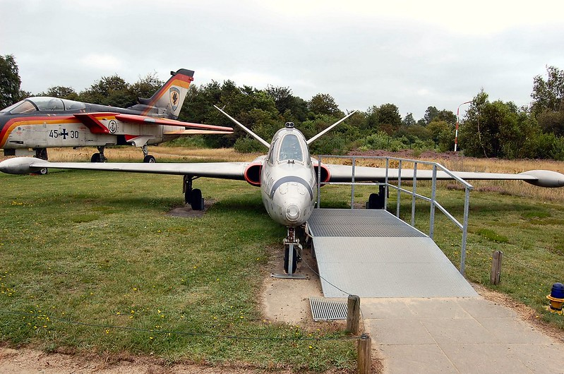 Fouga CM-170 Magister 4