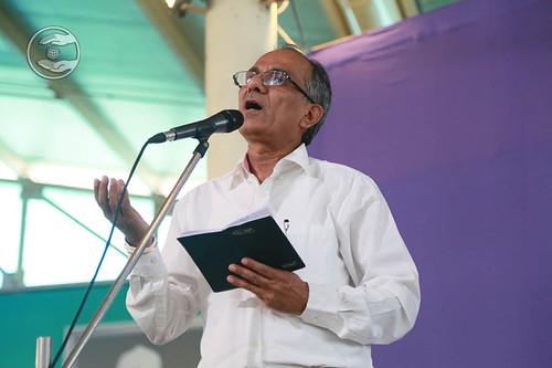 Devotional song by Ashok Shauq from Vikaspuri Delhi