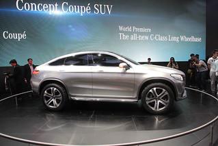 Mercedes-Benz-CUV-Concept-@-Beijing-2014-01
