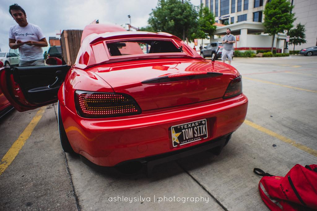 Mayday Garage Car Shop Glow Www Facebook Com Ashleysilva Flickr