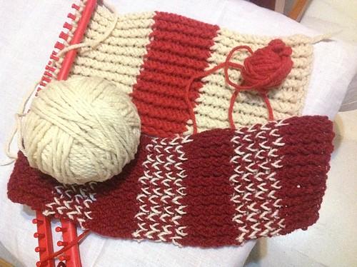 Bufandas en telar azteca cochinilla Abr14