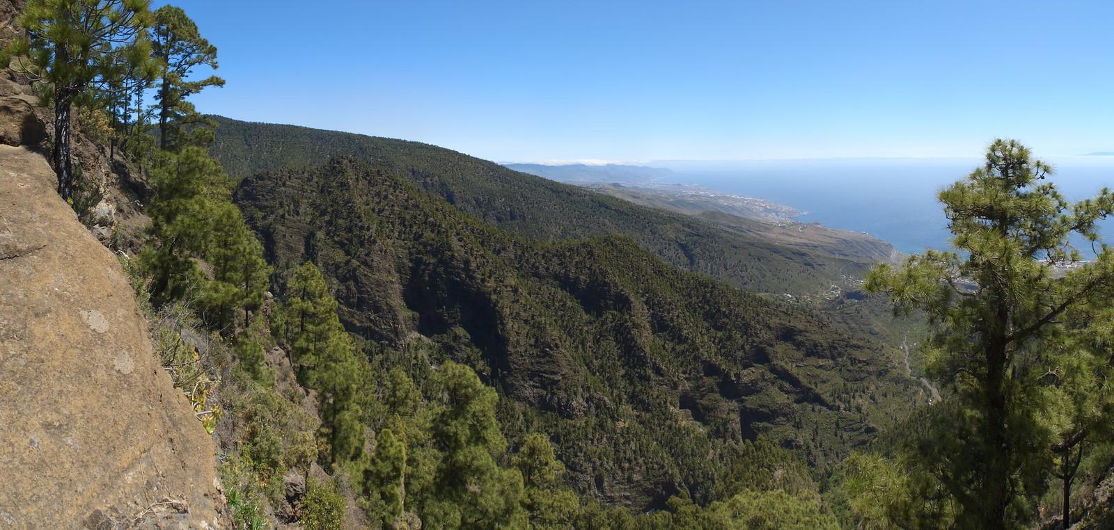 Vista hacia el norte desde la Ladera de Chafa