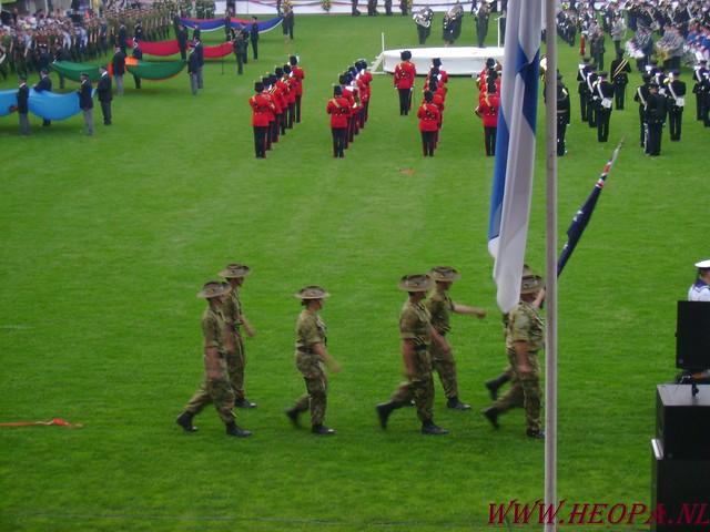 2007-07-16 Startbewijs op halen en vlaggen parade. (87)