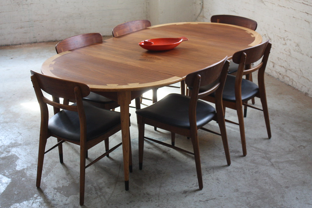 Splendid Lane Acclaim Mid Century Modern Expandable Round Dining Table And Chairs U S A 1960s A Photo On Flickriver