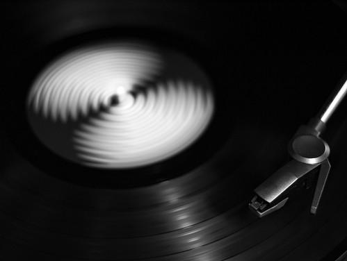 Vinyl spinning | by Z Carlos