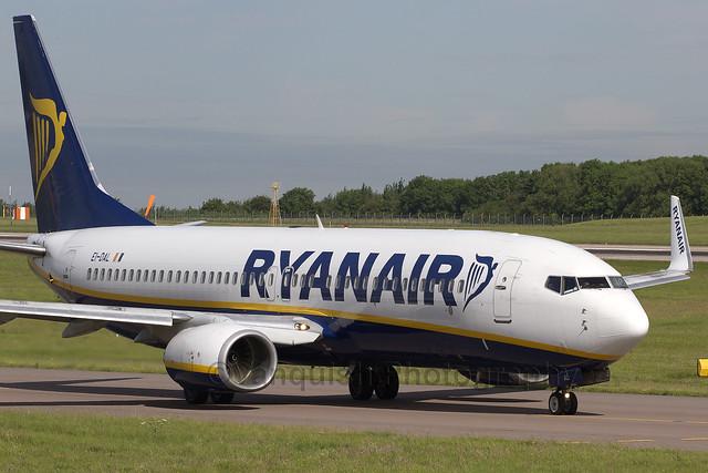 EI-DAL Ryanair B737-800 East Midlands Airport