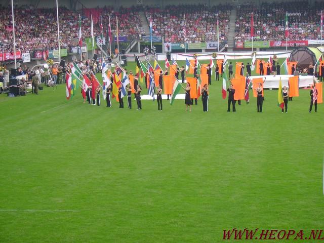 2007-07-16 Startbewijs op halen en vlaggen parade. (66)