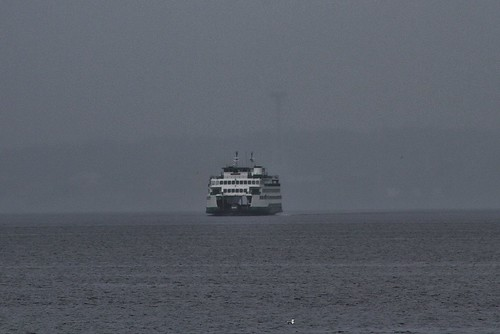 spaceneedle ferry washingtonstateferry washingtonstate washington manchester wsf pugetsound gray grey gloomy cloudy mood moody