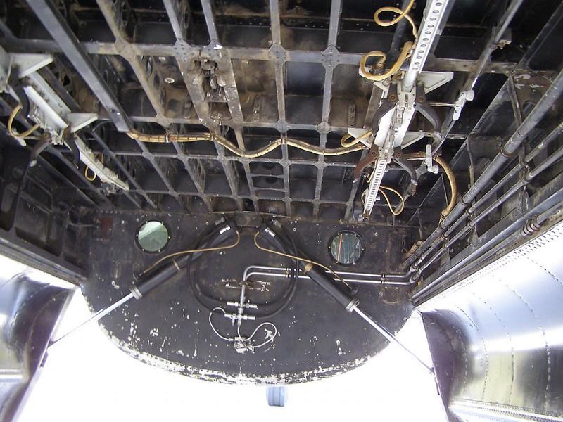 Lancaster FM159 3