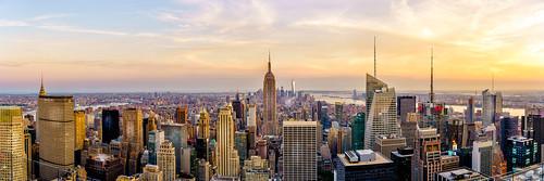 sunset cityscape skyline skyscraper nyc newyork newyorkcity manhattan empirestatebuilding newyorkstate oneworldtradecenter newworldtrade rockefeller ontopoftherock cloud panorama
