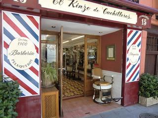 Barbería. Barber shop. 1900. Madrid