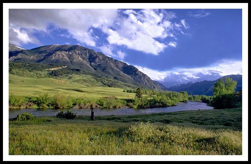 montana stillwaterriver nyemontana beartoothrockies montanarockies beartoothmountains epsonv500 geotagged