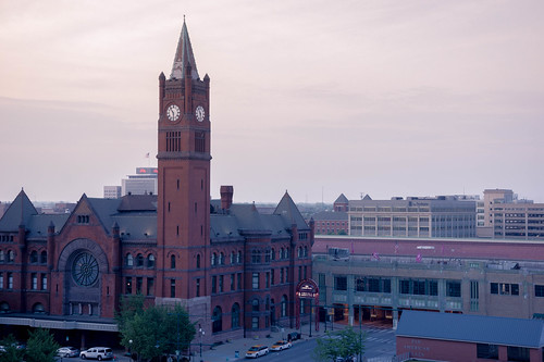 morning sunrise dawn haze downtown cloudy indianapolis indy clocktower amtrak vista unionstation pinkskies earlyriser pastelcolors