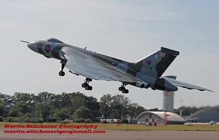 Vulcan Farnborough take off | by Martin D Stitchener PiccAddo Photography