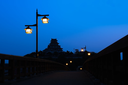 longexposure morning bridge castle japan sunrise lights lamps bluehour kyushu karatsu sagaprefecture karatsucastle