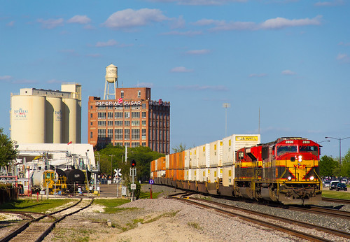 kansas city southern belle sunset route us 90 sugar land texas imperial intermodal stack emd sd70 sd70mac