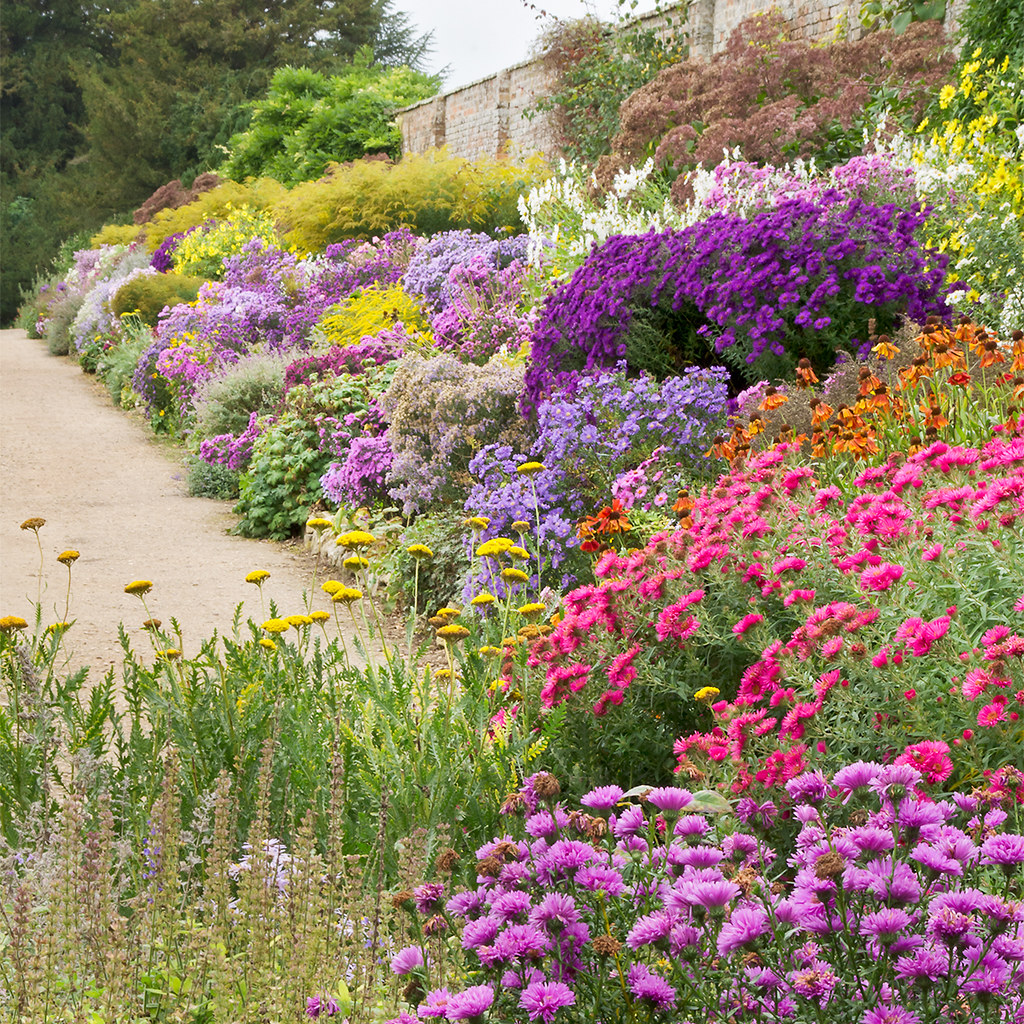 English Herbaceous Borders Waterperry Gardens Oxfordshi Flickr