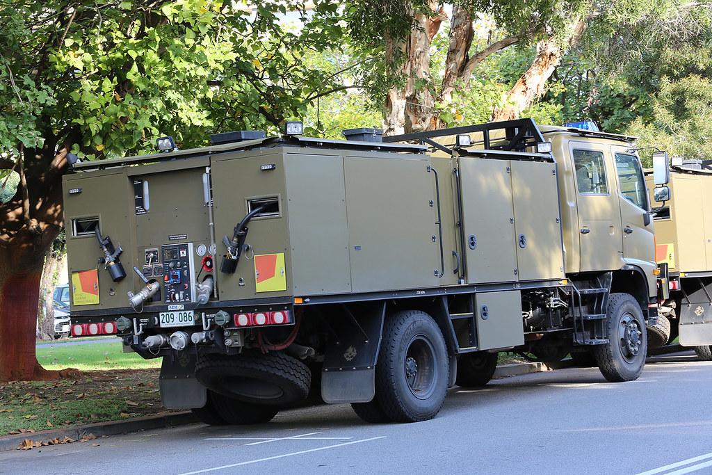 Australian Army Fire Fighting Tanker | Truck Fire Fighting R