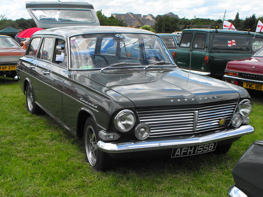 Vauxhall Cresta PB - AFH 155B (1)
