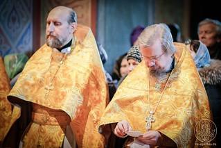Литургия в Софийском соборе 400