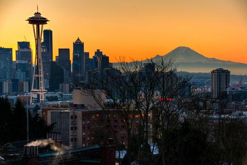 sunrise sun seattle skyline washington mount rainier mountain seattlewashington mountrainier seattleskyline seattlesunrise